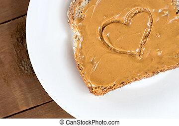 バター, 心, トースト, 木製である, ピーナッツ, に対して, 形, ボア, 白
