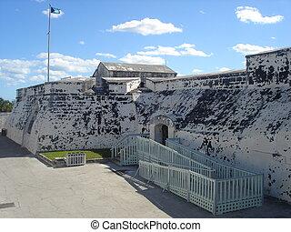 バハマ, 城砦