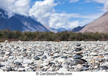 バランスをとられた, 石, 禅, 山