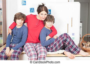 パジャマ, 家族