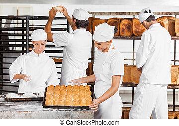 パン屋, ∥見る∥, 焼かれた, パン, 中に, パン屋