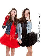 パーティー, ファッション, 服を着せられる, 十代の若者たち