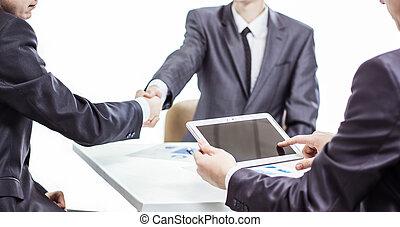 パートナー, ビジネス, タブレット, 背景, デジタル, ビジネスマン, ハンドシェーキング