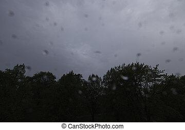 ヒッティング, レンズ, 雨