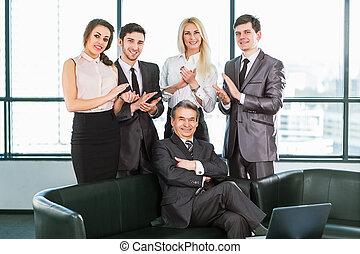 ビジネスマン, グループ