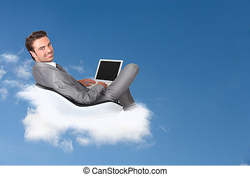 ビジネスマン, ラップトップ, 彼の, 雲, 坐らせる