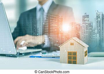 ビジネスマン, 仕事, 上に, ラップトップ, ∥で∥, 木製である, 家, モデル, グラフ, そして, 都市, 夜で, 背景