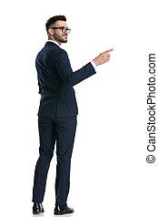 ビジネスマン, 手, わきに, ポケット, 地位, 指すこと, 幸せ