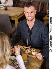 ビジネスマン, 持つこと, 食物, ∥で∥, 女性, 同僚, 中に, カフェ
