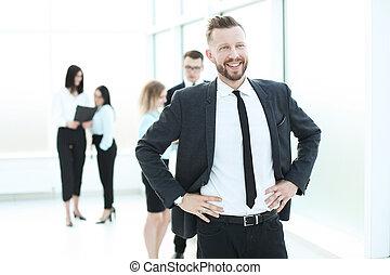 ビジネスマン, 明るい, 背景, オフィス, 微笑