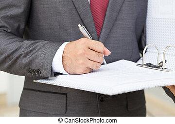 ビジネスマン, 署名文書