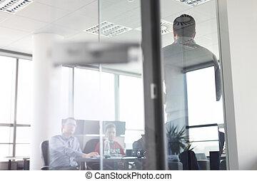 ビジネス, オフィス。, 渡すこと, チーム, プレゼンテーション, リーダー