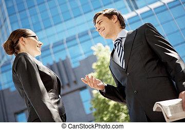 ビジネス コミュニケーション