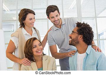 ビジネス 人々, 持つこと, a, 会話, 中に, オフィス