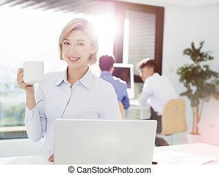 ビジネス, 微笑の 女性, オフィス, 仕事