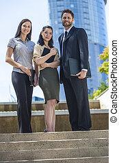 ビジネス, &, 男性, interracial, チーム, 女性