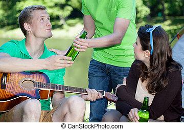 ビール, 友人, 飲むこと, キャンプ