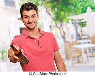 ビール, 若い, 保有物, 人