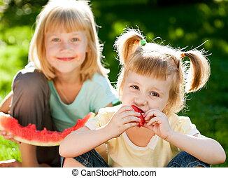 ピクニック, 子供, 持つこと