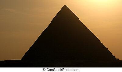 ピラミッド, 日没, 偉人