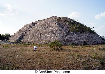 ピラミッド, izamal