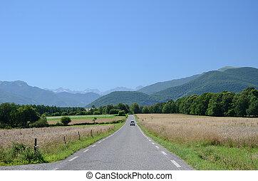ピレネー山脈, 道, フランス語