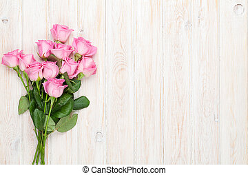 ピンクのバラ, 花束, 上に, 木製のテーブル