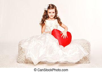 ファッション犠牲者, 小さい王女, 女の子
