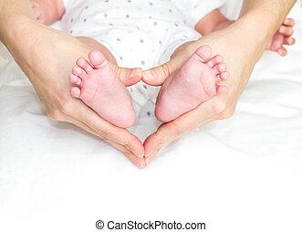 フィート, 赤ん坊, 保有物, 母