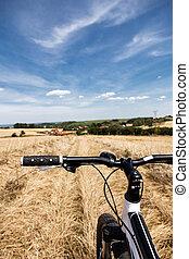 フィールド, 自転車, 乗馬