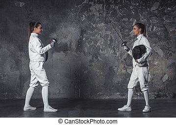 フェンシング, 2人の女性たち