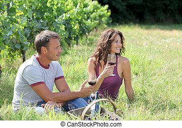 ブドウ園, winegrowers, 偶力がブドウ酒を飲む