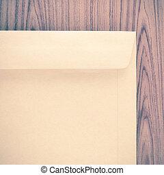 ブラウン, 封筒