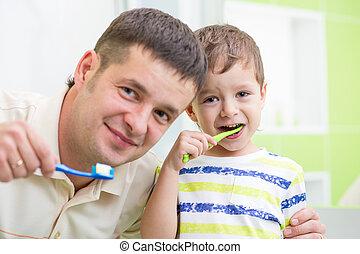 ブラシをかけること, 浴室, 子供, 父, 歯
