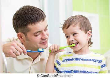 ブラシをかけること, 浴室, 父, 息子, 歯, 子供