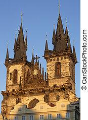 プラハ, tyn 教会
