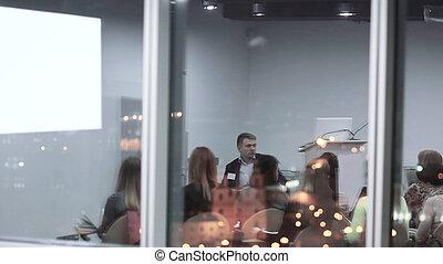 プレゼンテーション, の後ろ, glass.business, チーム, 新しい, 論じる
