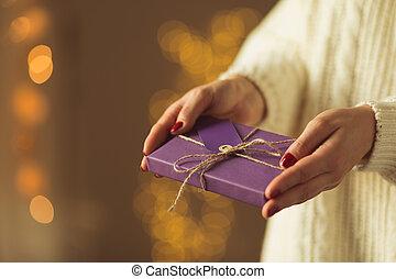 プレゼント, 最愛の人