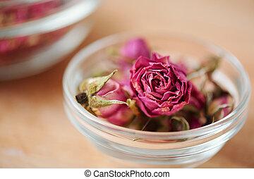 プロセス, ガラス製品, 作成, 小さい, ありなさい, 使われた, ピンク, 石鹸, 缶, バラのつぼみ, 乾きなさい