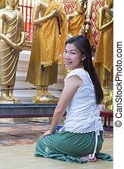 プロフィール, 女, アジア人