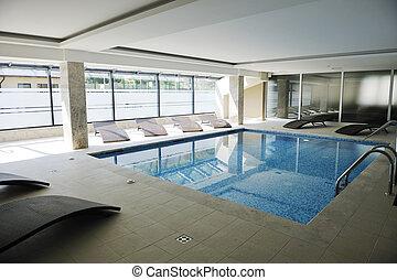 プール, 水泳, 屋内