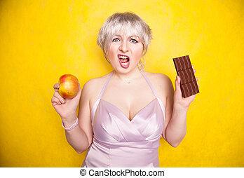 ヘアカット, 服, wants, curvaceous, 女の子, ひどく, 不足分, 夕方, うれしい, 彼女, 健康, 立つ, 決定, よい, 何か, 絹, デリケートである, 彼女自身, 食物, compares, 甘い