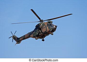 ヘリコプター, 軍