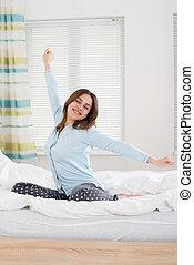 ベッド, 女, 腕, 彼女, 伸張