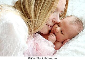 ベッド, 寄り添う, 新生, 母, 赤ん坊, 幸せ