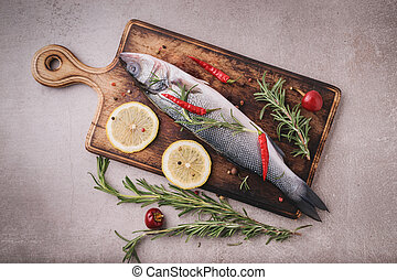 ベース, 生の魚, ハーブ, 海, スパイス