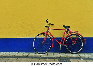ペイントされた壁, 自転車, 古い