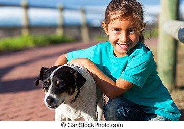ペット, 女の子, わずかしか, 犬, 彼女
