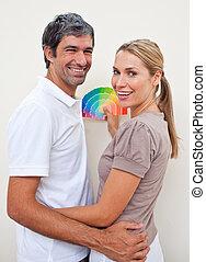 ペンキ, 恋人, ∥(彼・それ)ら∥, 新しい, サンプルに色を塗りなさい, appartment, 陽気