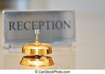 ホテルサービスベル, レセプション